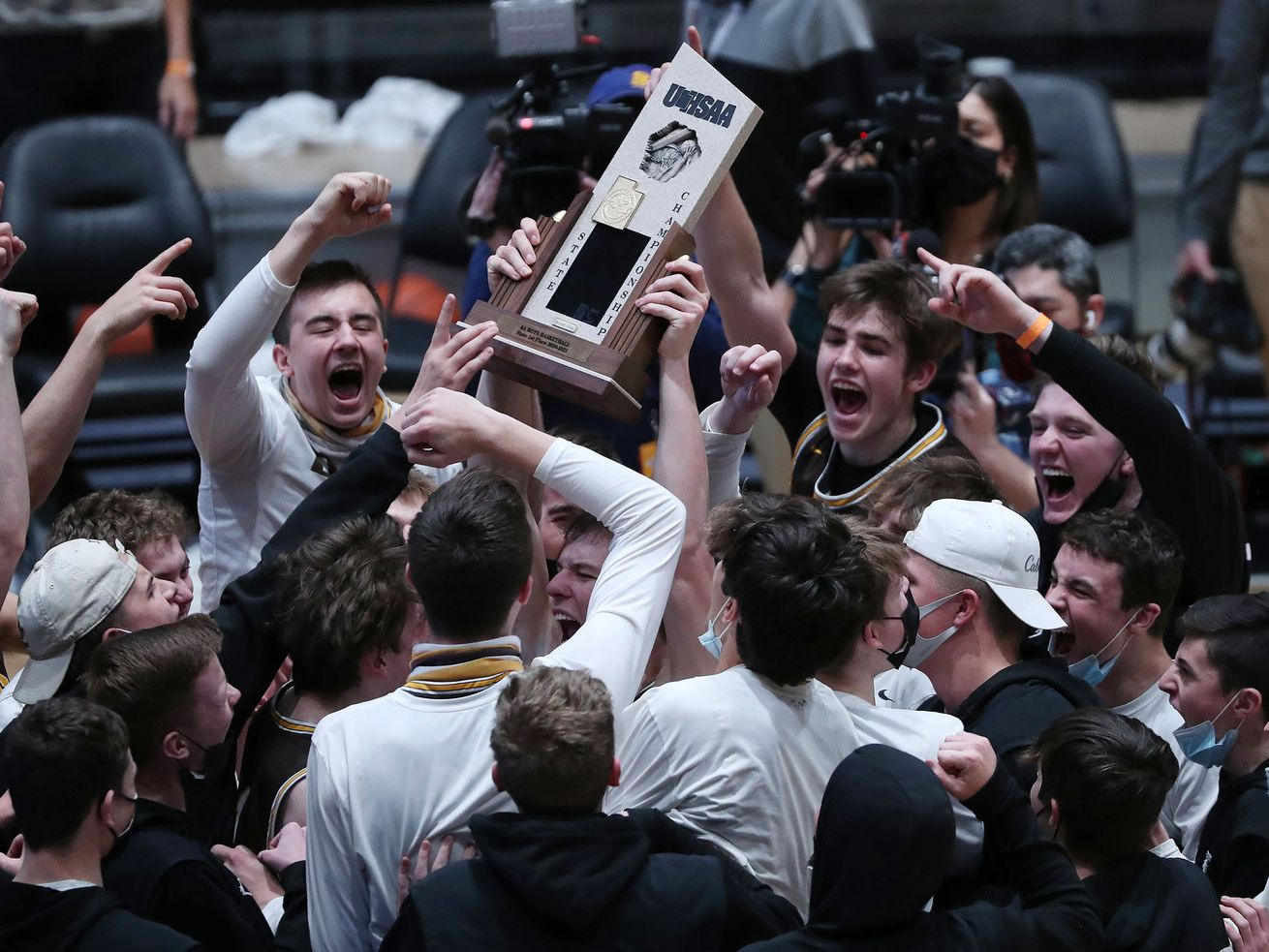 High school boys basketball: 6A's seventh-seeded Darts end Davis' 19-year title drought