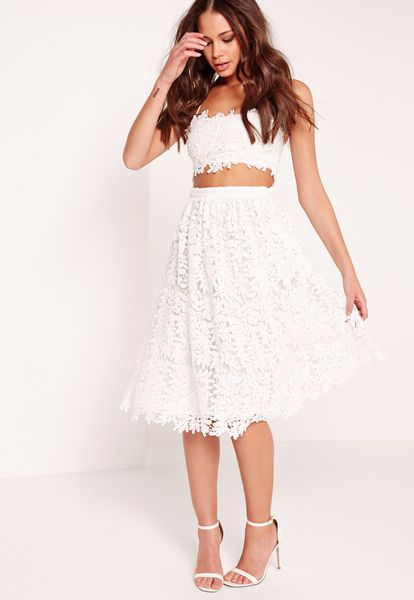 If Youre Not Afraid To Show A Little Skin Consider Cropped Lace Number Paired With Matching High Waisted Skirt Missguided Overlay Bralet 31