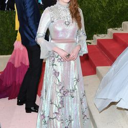 Florence Welch wears a Gucci gown.