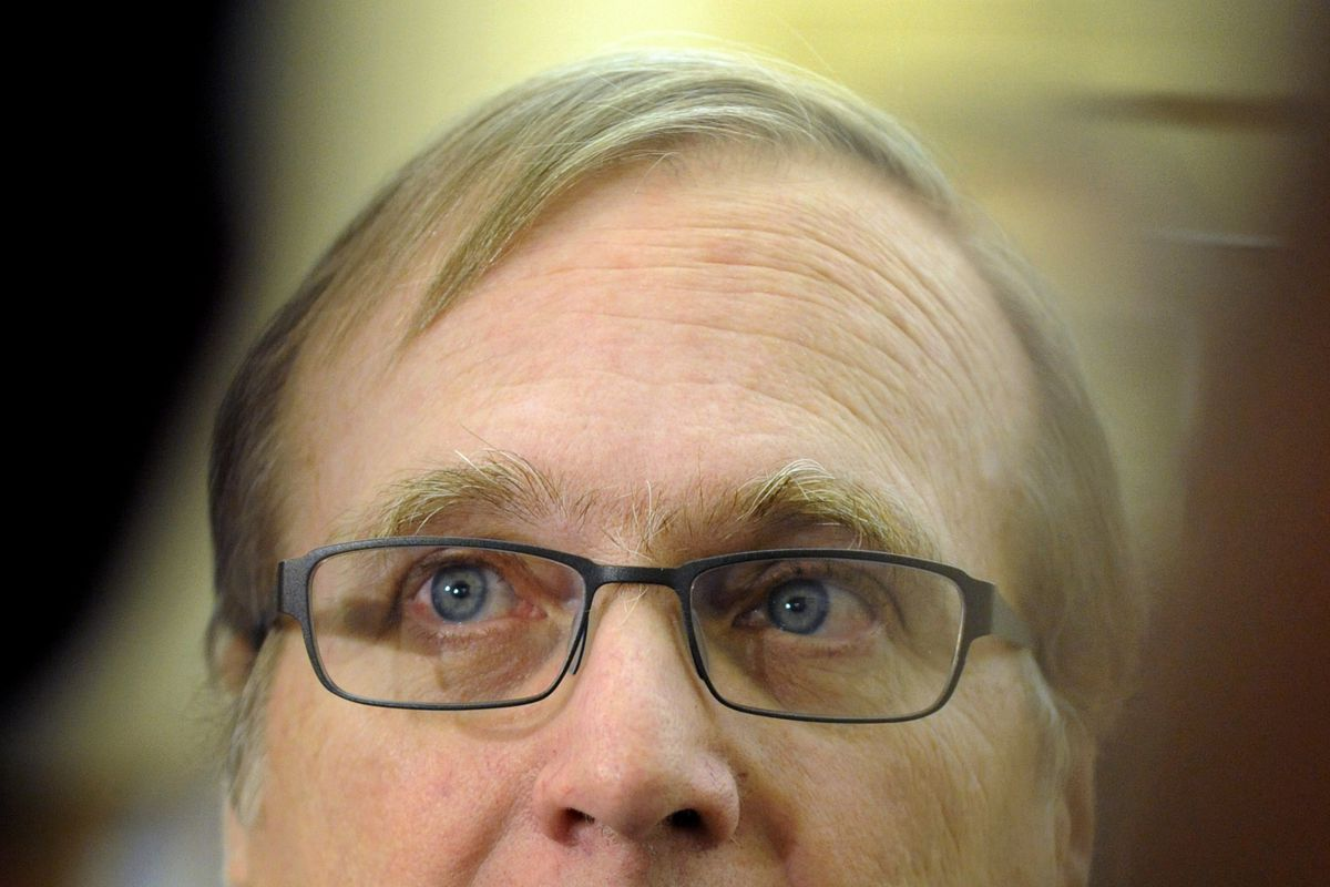 """This is the owner of the Trail Blazers, """"Paul Allen"""", but we're talking about a different Paul Allen (and don't have any other pictures)."""