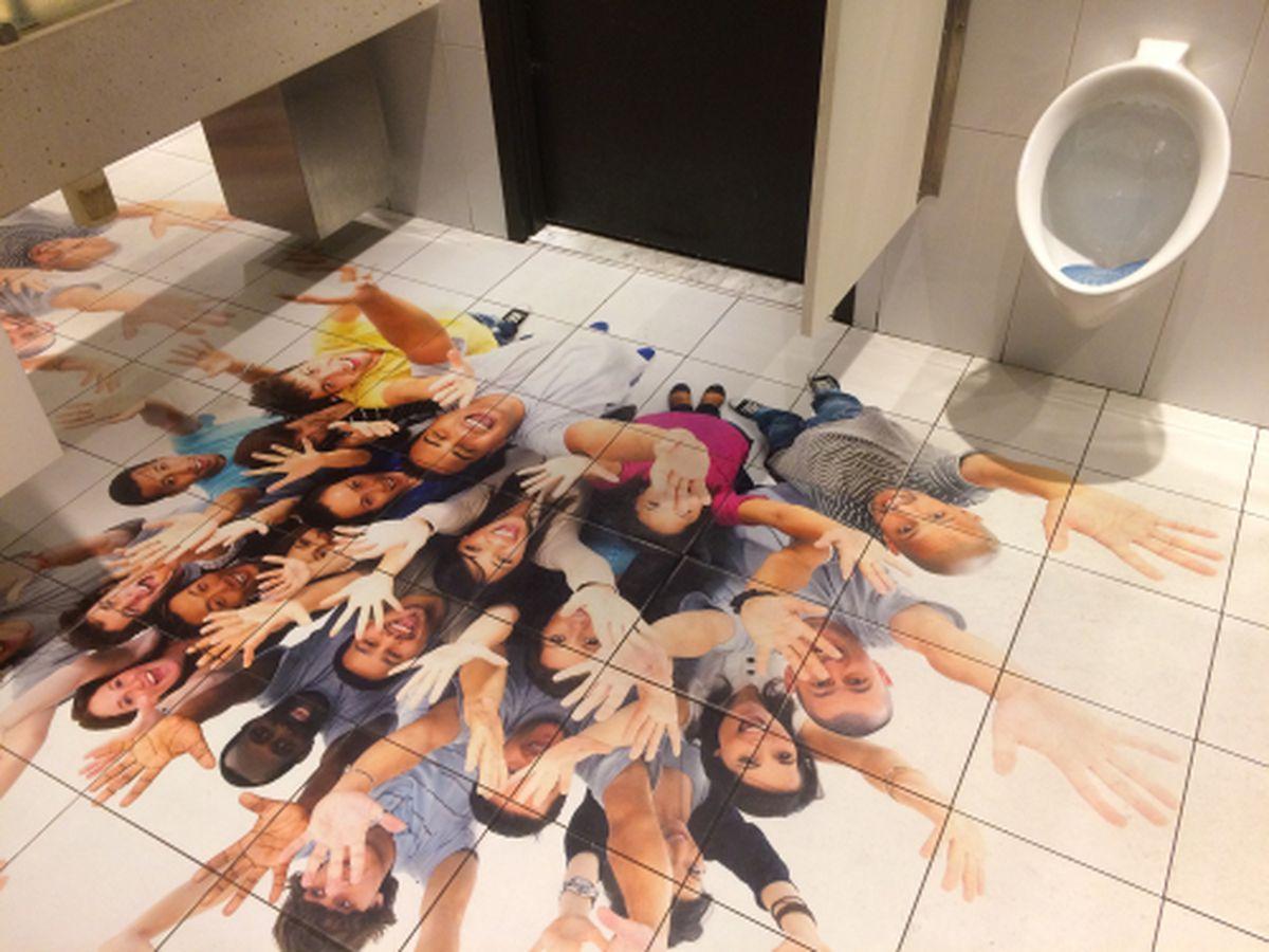 Jaleo's restroom