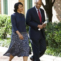 Former Louisiana Rep. William Jefferson and his wife Andrea leave federal court in Alexandria, Va., Wednesday.