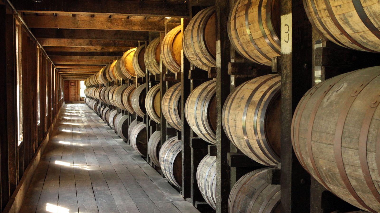 Barrels_in_warehouse_photo_courtesy_of_kentucky_distillers_association.0