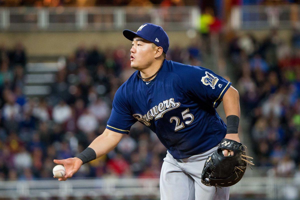 MLB: Milwaukee Brewers at Minnesota Twins
