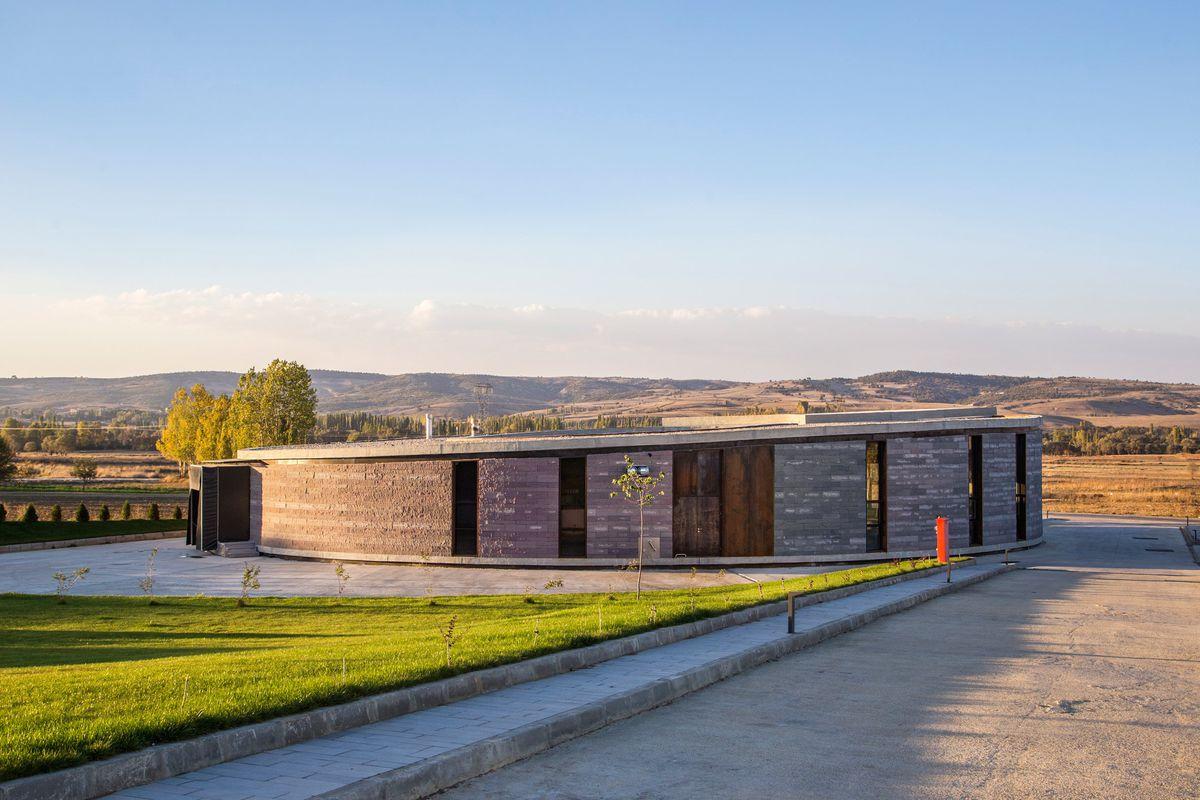 Slash ArchitectsandArkizon Architectsdesigned this cheese factory in western Turkey.