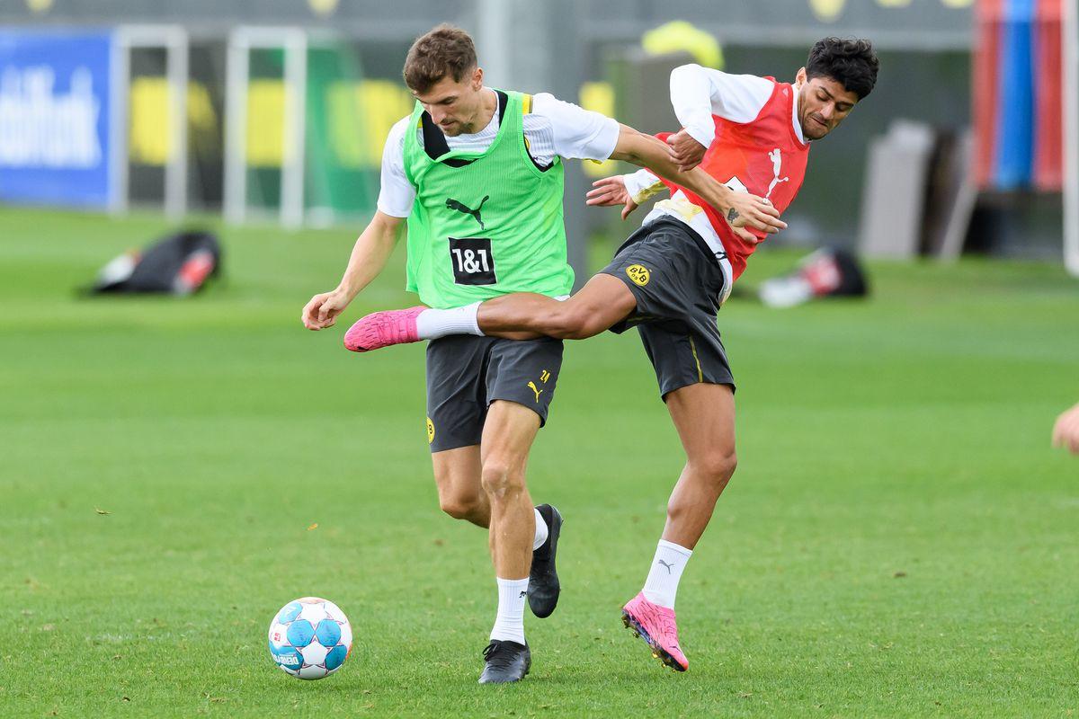 Borussia Dortmund - Bundesliga Training Session