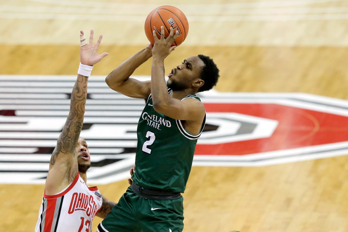 Cleveland State Vikings guard Yahel Hill is guarded by Ohio State Buckeyes guard CJ Walker during the second half of Sunday's NCAA Division I basketball game at Value City Arena.