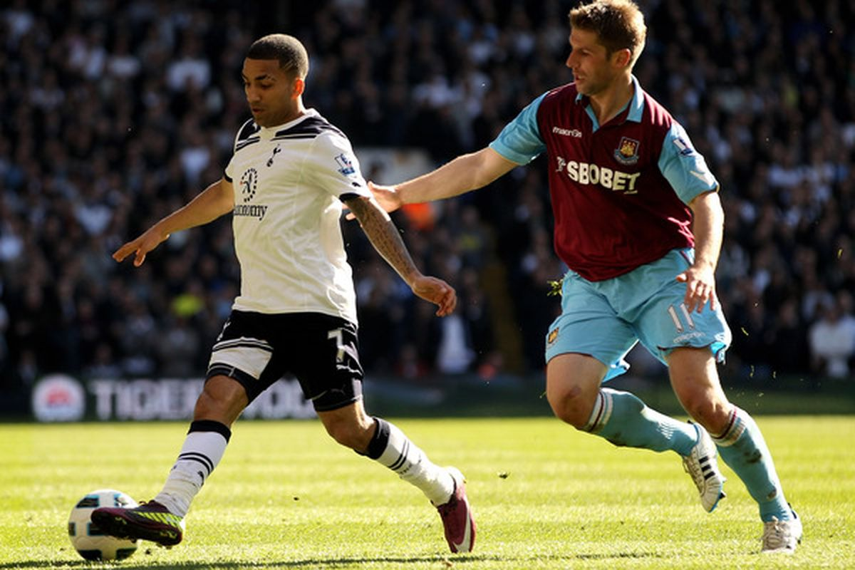 How serious is Aaron Lennon's hamstring injury? (Photo by Ian Walton/Getty Images)