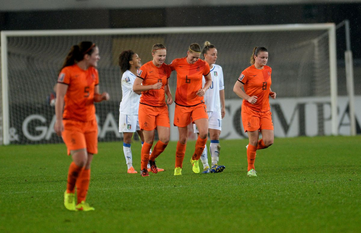 Italy v Netherlands - FIFA Women's World Cup Qualifier