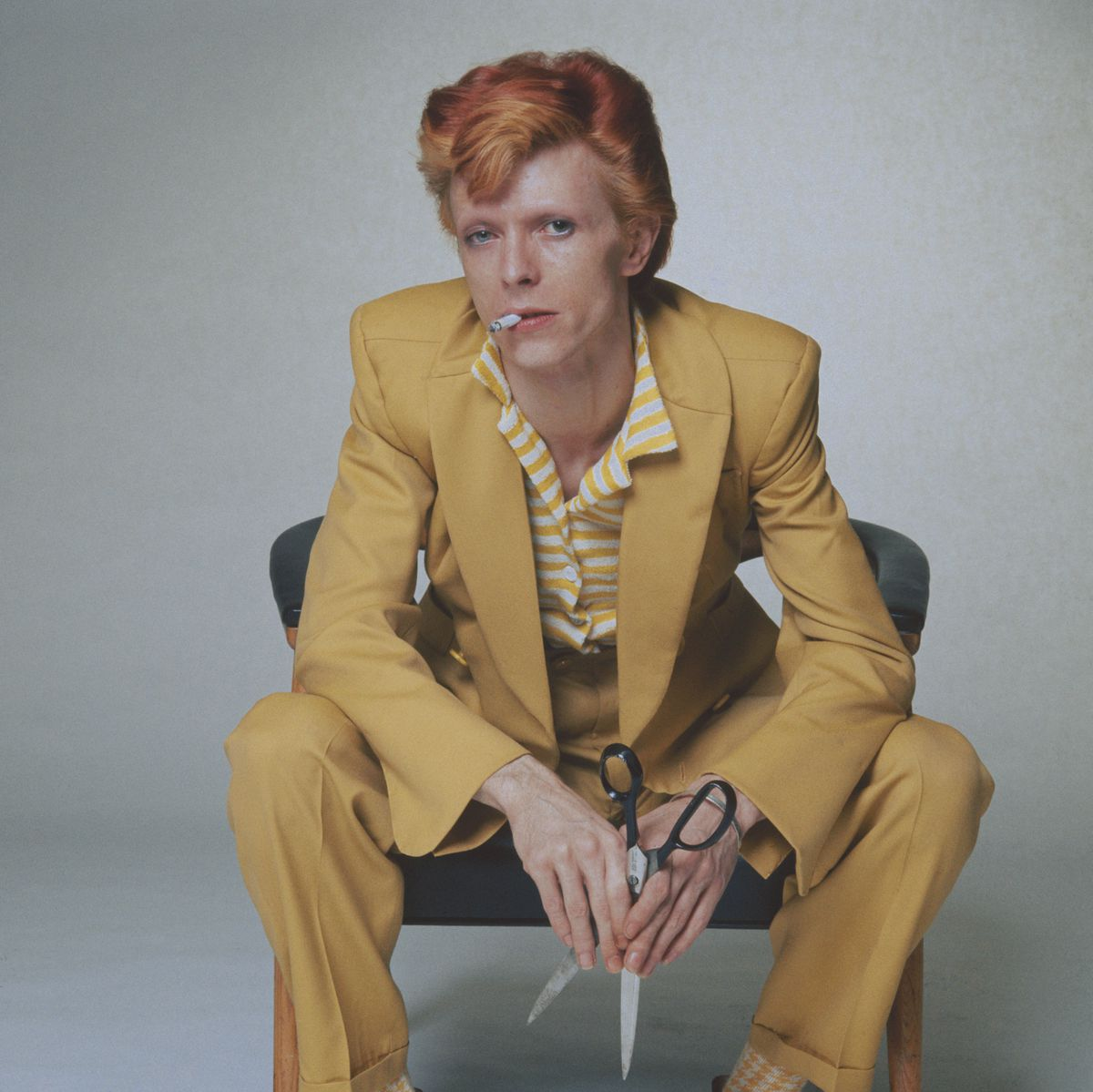 david bowie yellow suit