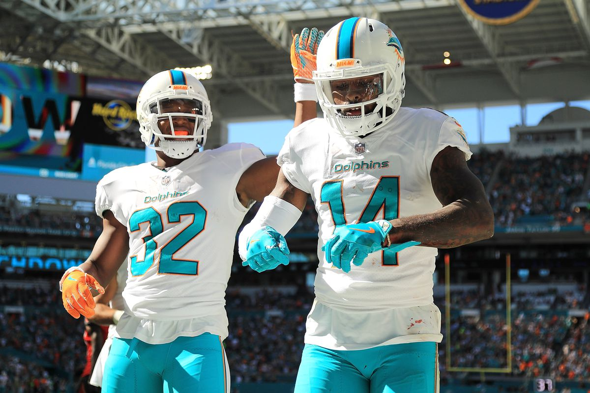 Graziano: Jarvis Landry\'s Contract Situation with the Dolphins ...