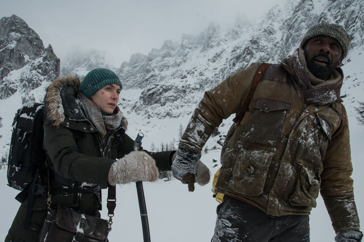 Kate Winslet and Idris Elba in 'The Mountains Between Us'