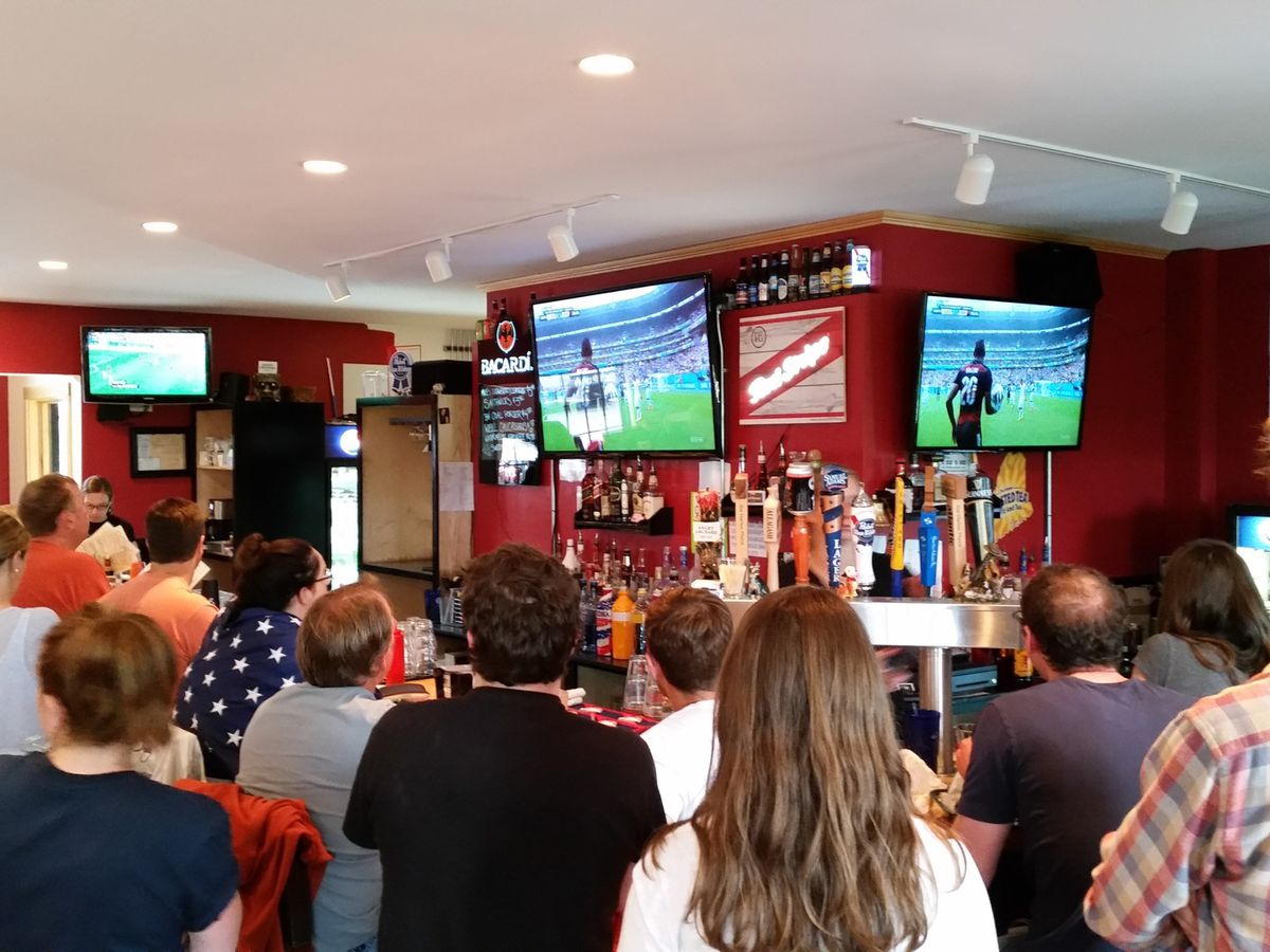Bar Harbor sports fans head to The Dog & Pony Tavern at game time.