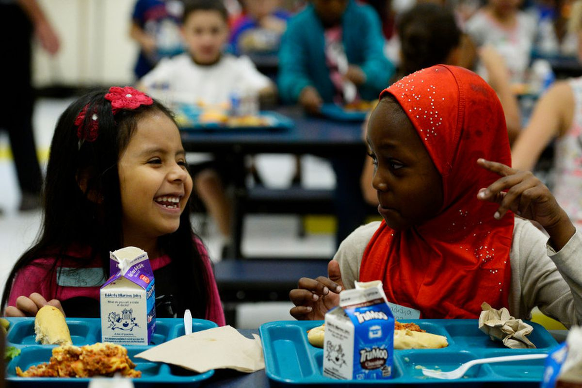First graders eat their lunch at Laredo Elementary School in Aurora. (Photo by Seth McConnell/The Denver Post)