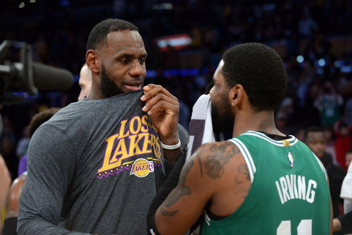 buy popular 734e9 b4e5b Rumor: Kyrie Irving considering reuniting with LeBron James ...
