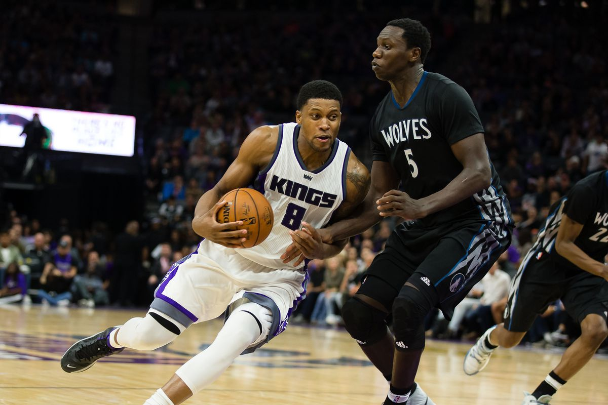 Kings vs Wolves Preview: Kings Head North to Go Hunting for