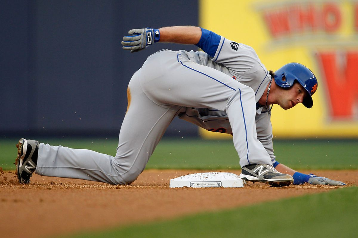 Kirk Nieuwenhuis demonstrates how the first two games against the Yankees have felt.