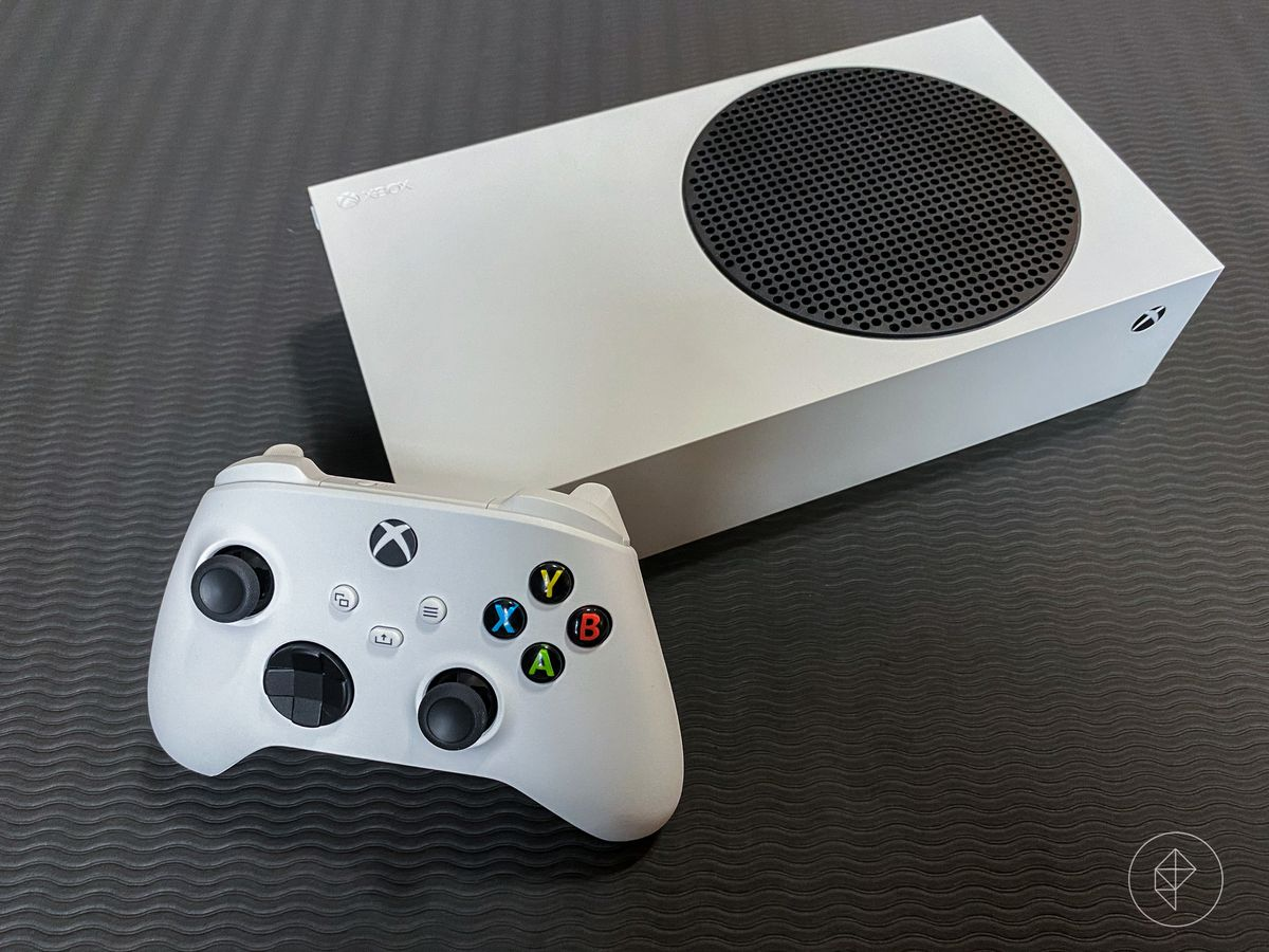 X-Box S console and controller