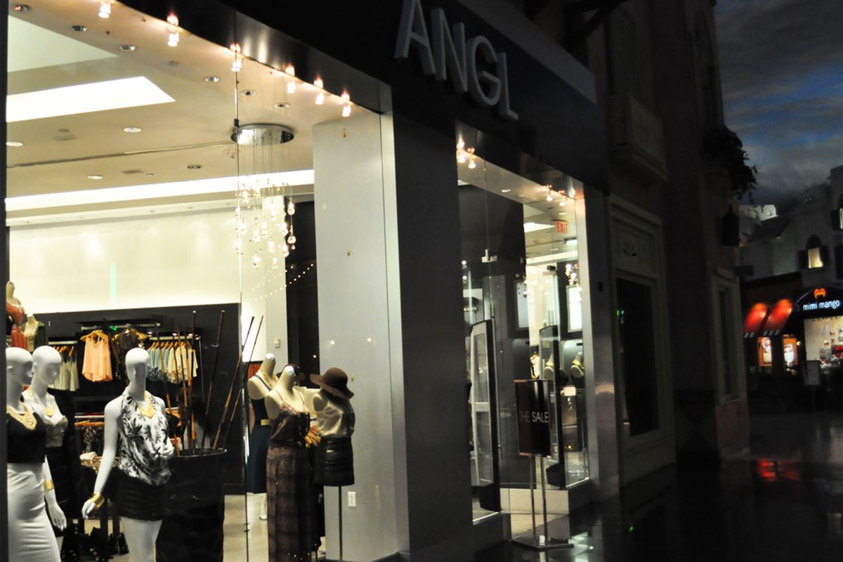 ANGL at the Miracle Mile Shops