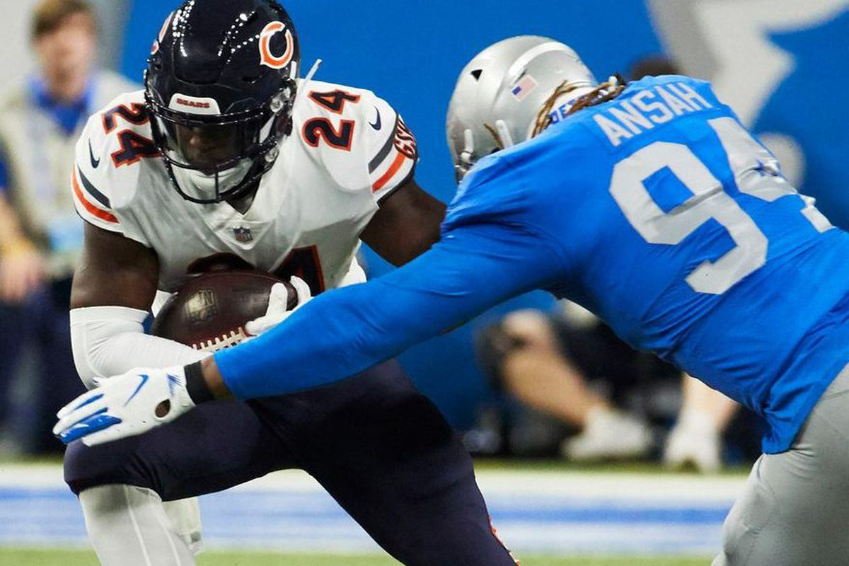 e590d72bfff Bears running back Jordan Howard ran for only 13 yards on seven carries  against the Lions. | Rick Osentoski/Associated Press