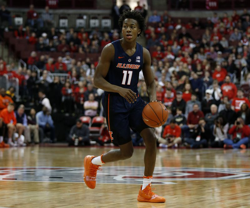 Illinois guard Ayo Dosunmu drives against Ohio State.