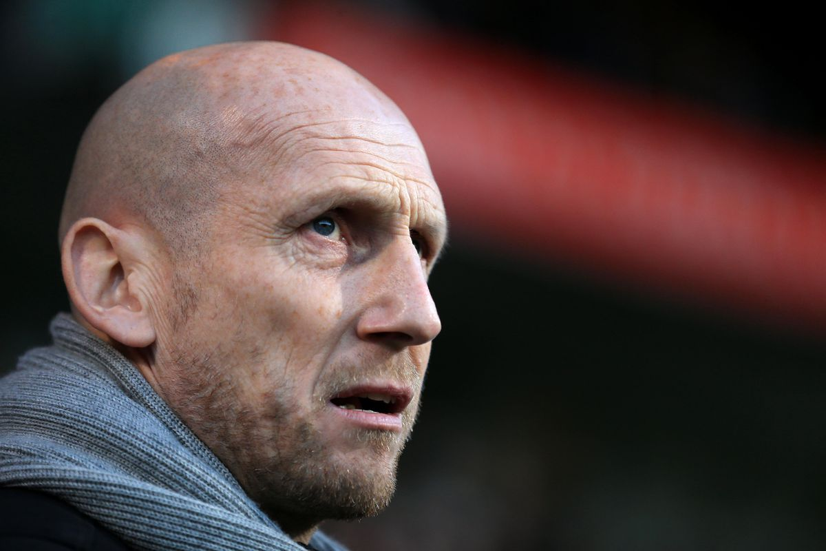 Stam leaves Reading after wretched run