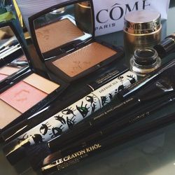 Here's what I use for quick morning makeup before getting to the salon.