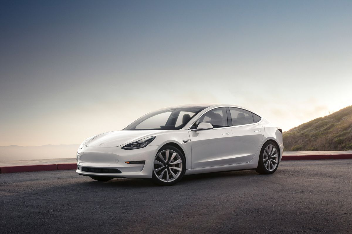 The Tesla Model 3 Should Have A Heads Up Display