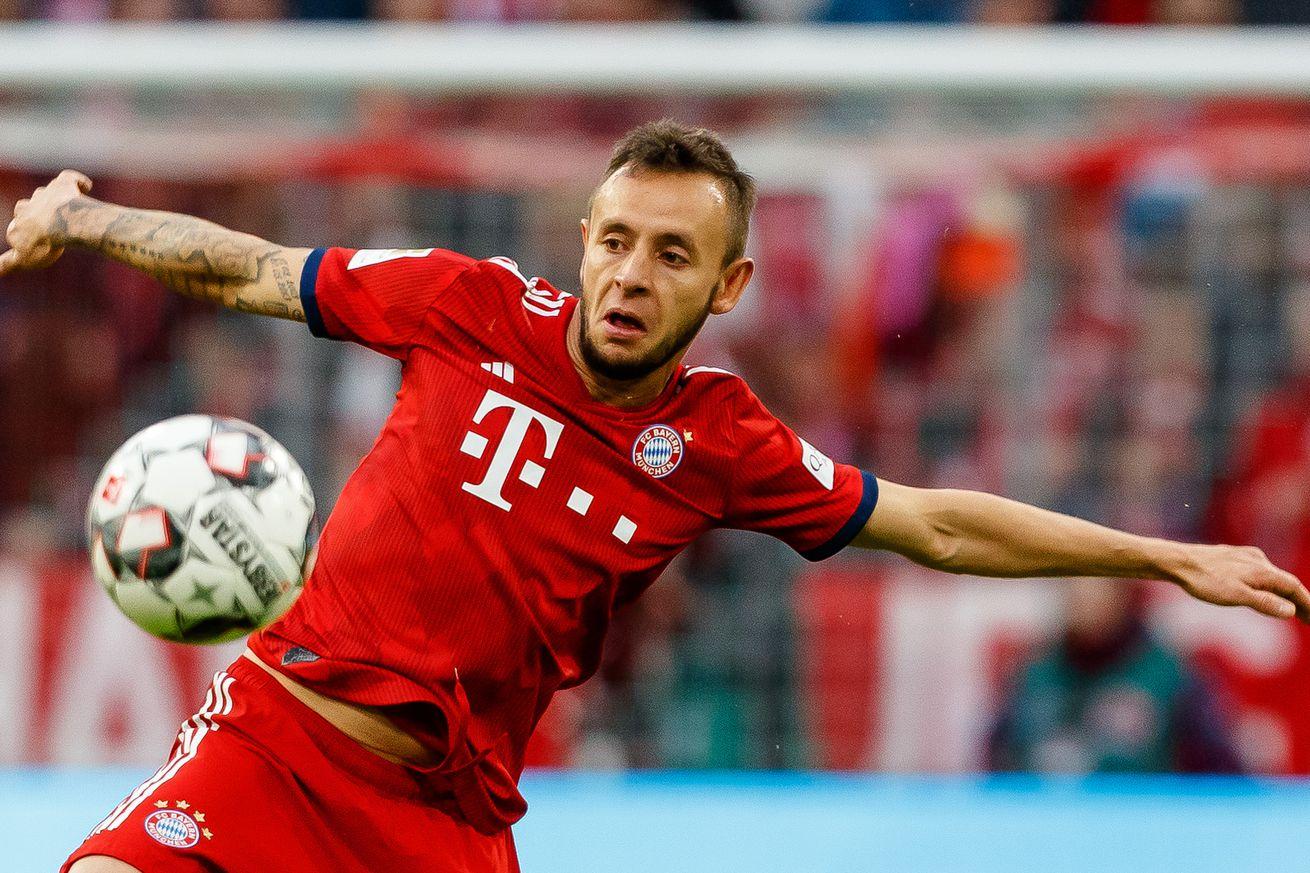 Report: Jurgen Klopp to ?target? Rafinha in Champions League battle