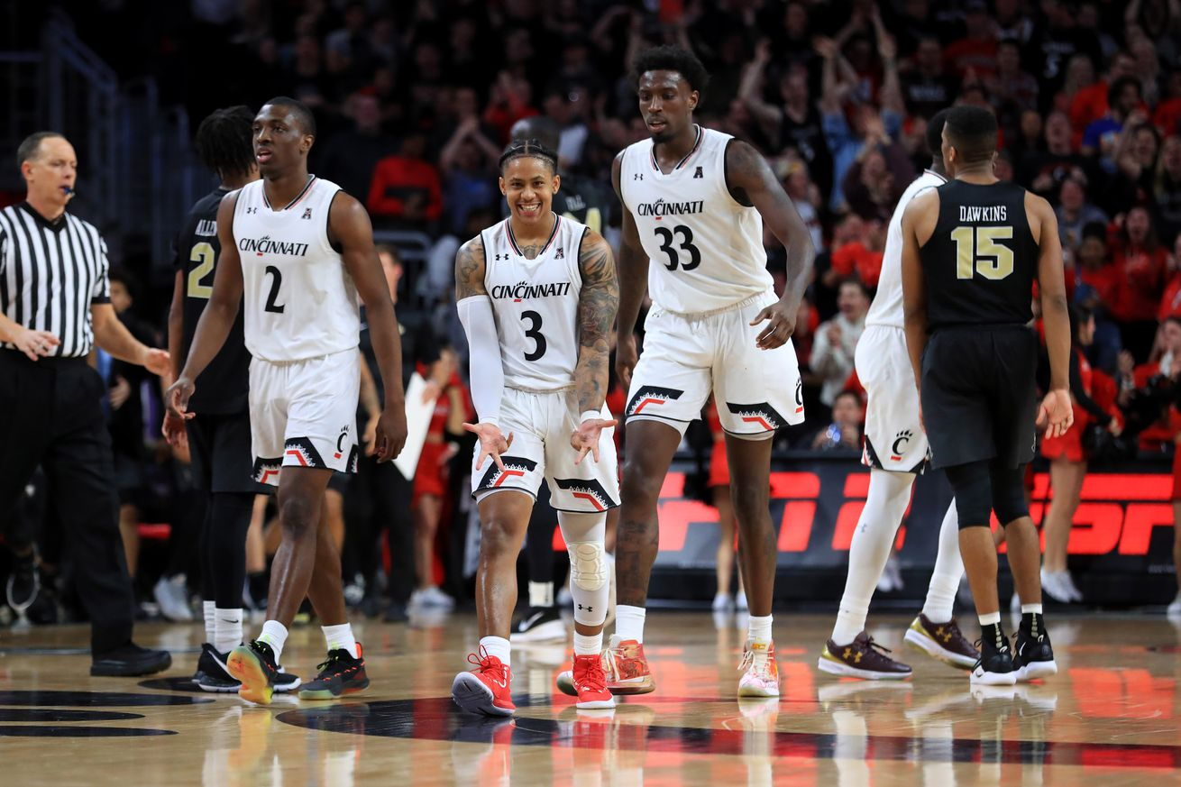 Cincinnati held off UCF at home back on February 21st. Tonight, the Bearcats head to Orlando to take on the Knights, who are fresh off a huge Saturday win at Houston.