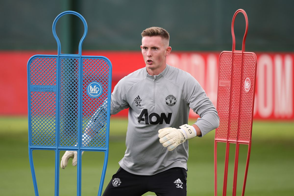 Dean Henderson signs new Manchester United deal - The Busby Babe
