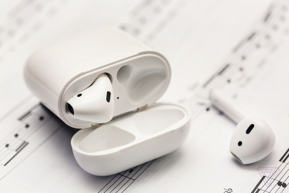 89ab0948282 Apple reportedly working on noise-canceling AirPods for 2019 release ...