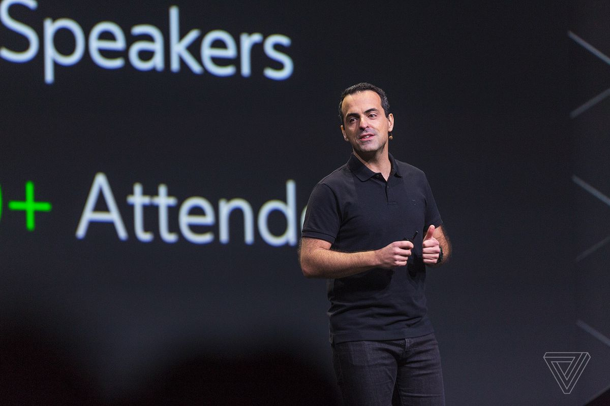 Hugo Barra is leaving the Oculus team for a new Facebook