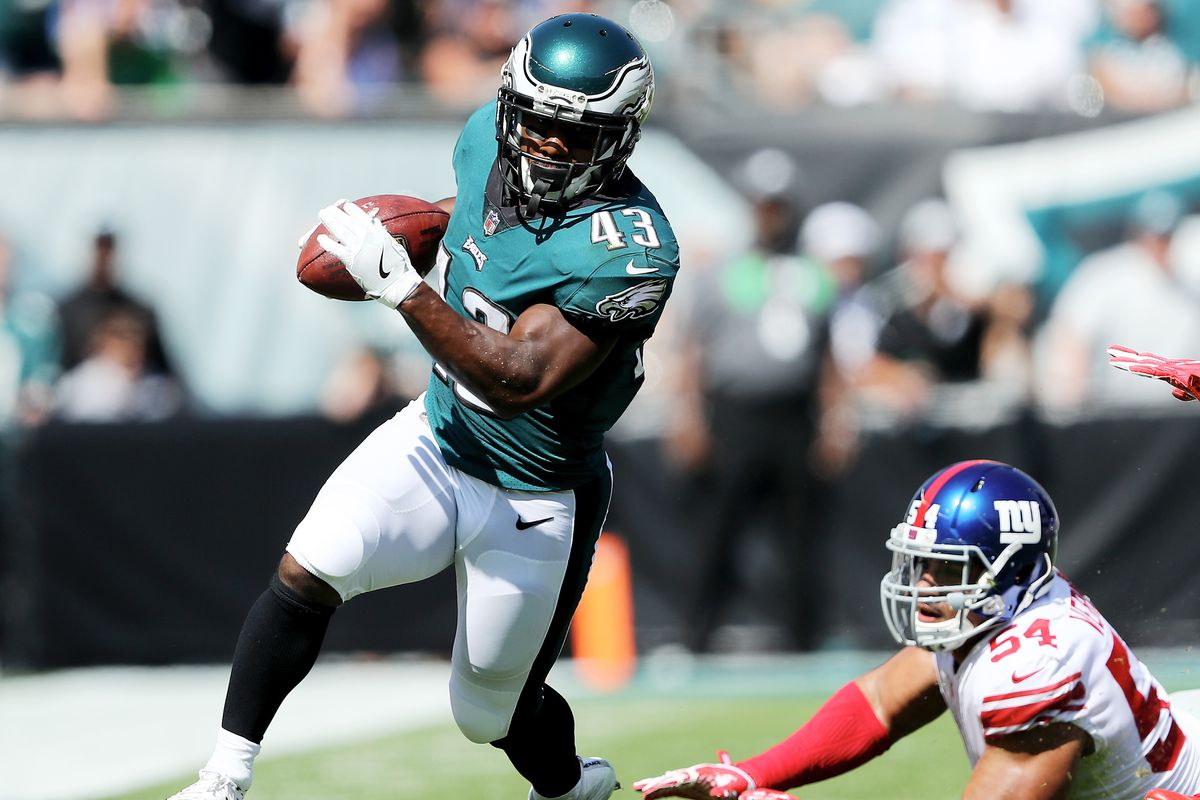 Eagles' Darren Sproles has broken arm, reportedly also tore ACL