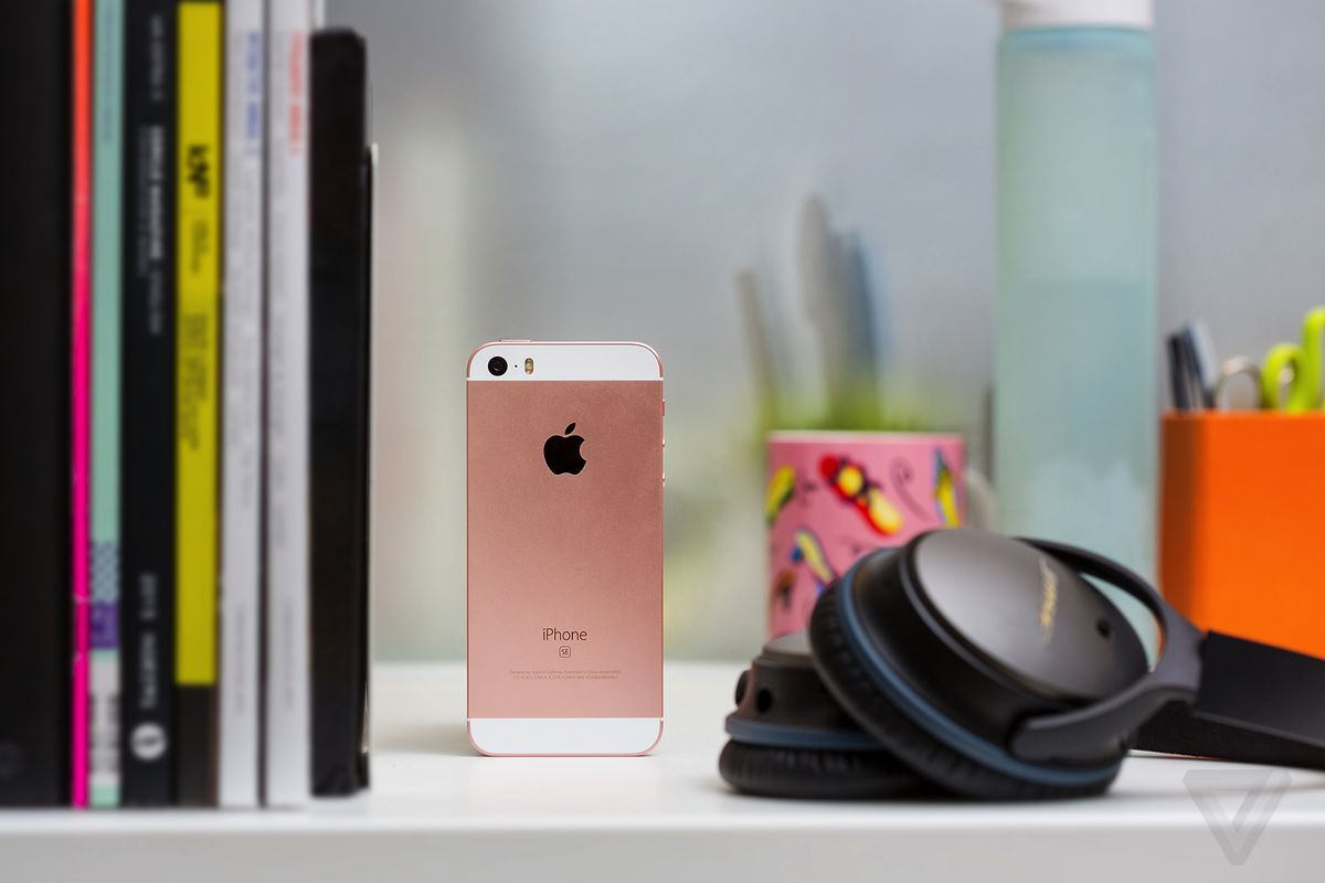 Apple is once again selling its iPhone SE — for now - The Verge
