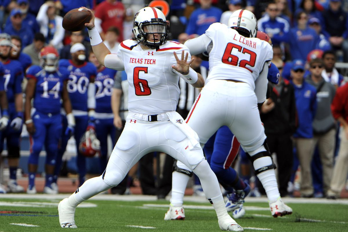 3fdc6bb6423 QB Baker Mayfield reportedly leaving Texas Tech to walk on at Oklahoma