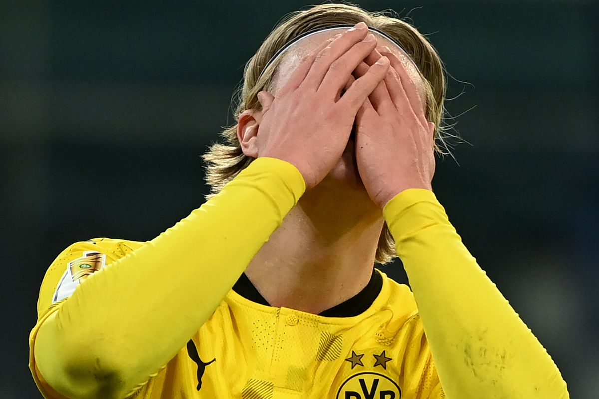 Erling Braut Haaland does a double face-palm - DORTMUND - UEFA