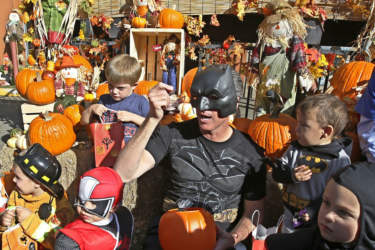 Hershey 2020 Halloween Parade Pictures Coronavirus: Hershey adds new trick or treating map to stop COVID