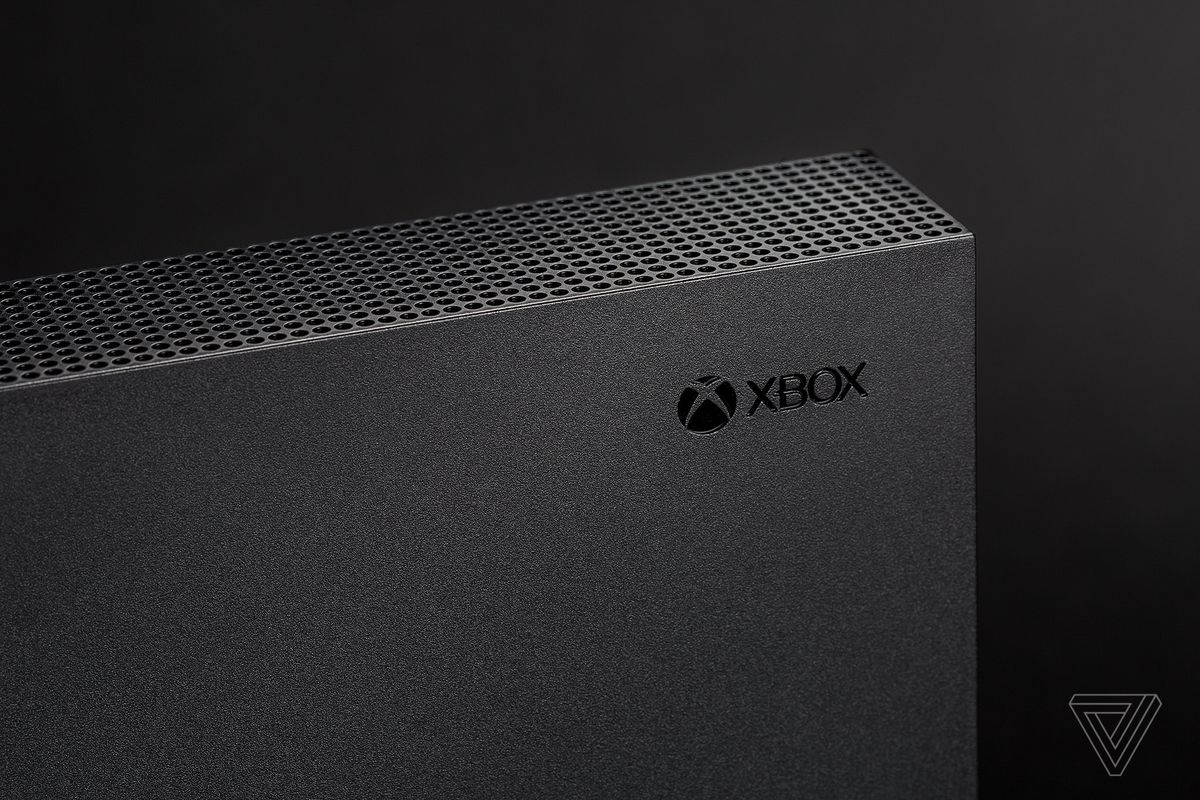 Microsoft's Xbox One was unusable for a couple hours on