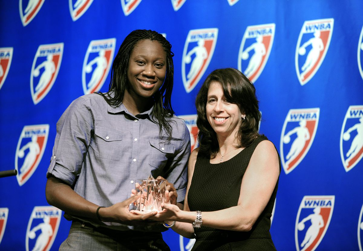 The Connecticut Sun's Tina Charles Named 2010 WNBA Rookie Of The Year