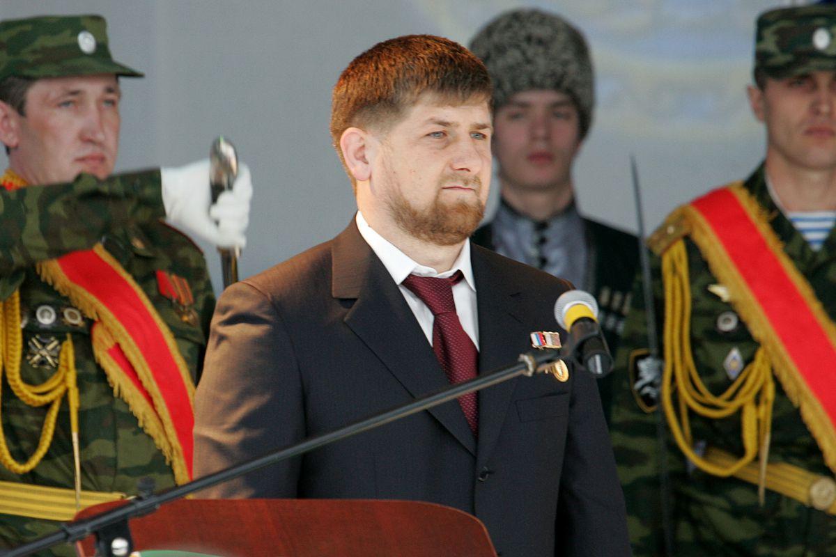 El Presidente Checheno Dice Que En Su Pas No Hay Gays -1991