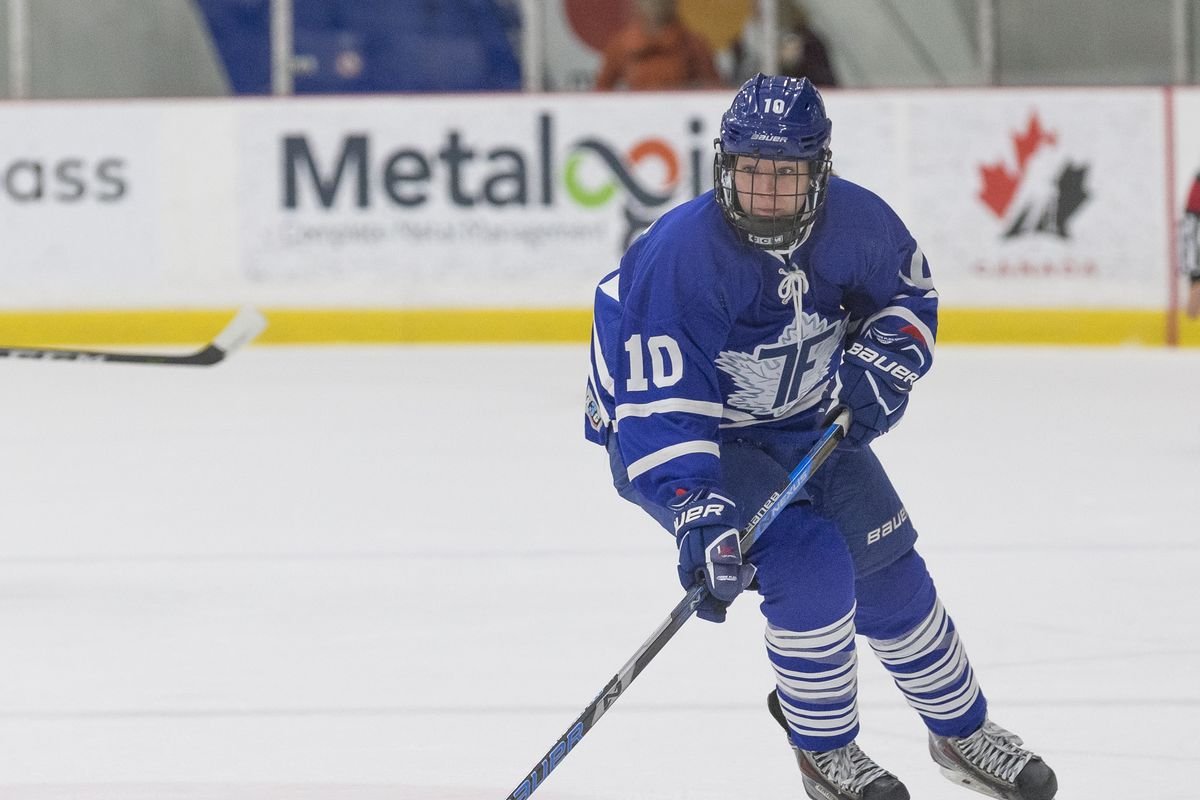Shannon Stewart (10) of the Toronto Furies during a home game.