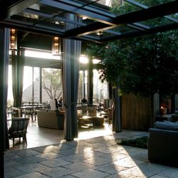 Orlando Diaz-Acuzy-designed interior with lots of light