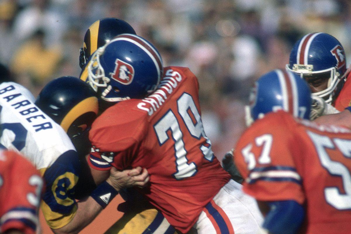 Denver Broncos v Los Angeles Rams