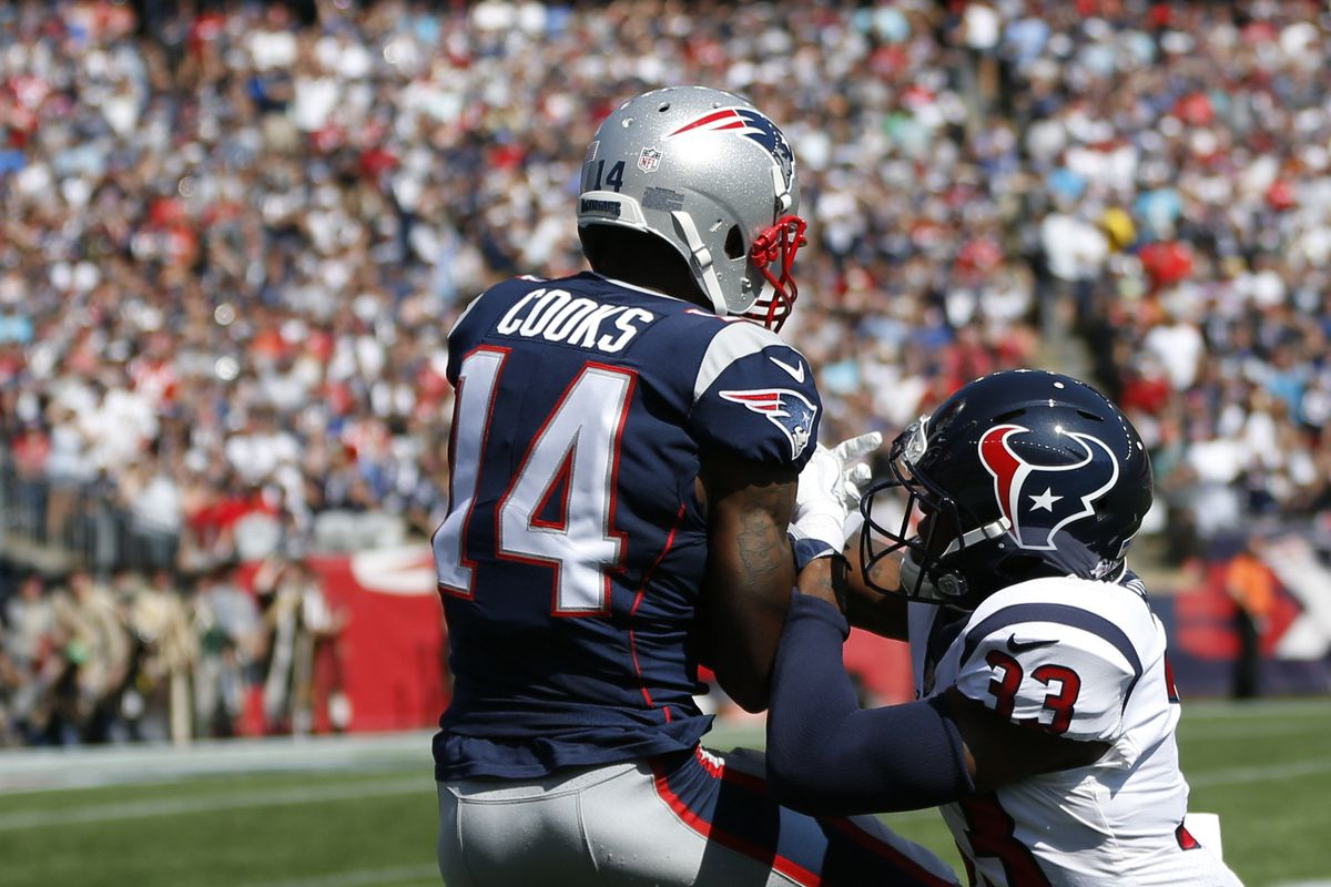 Patriots vs Texans Brandin Cooks makes an incredible catch to