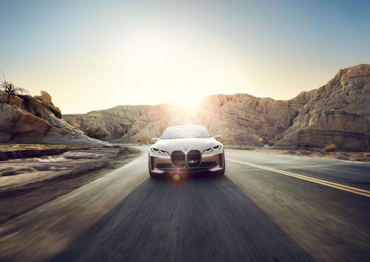 Bmw S Electric I4 Sedan Finally Shown Off In Concept Form The Verge