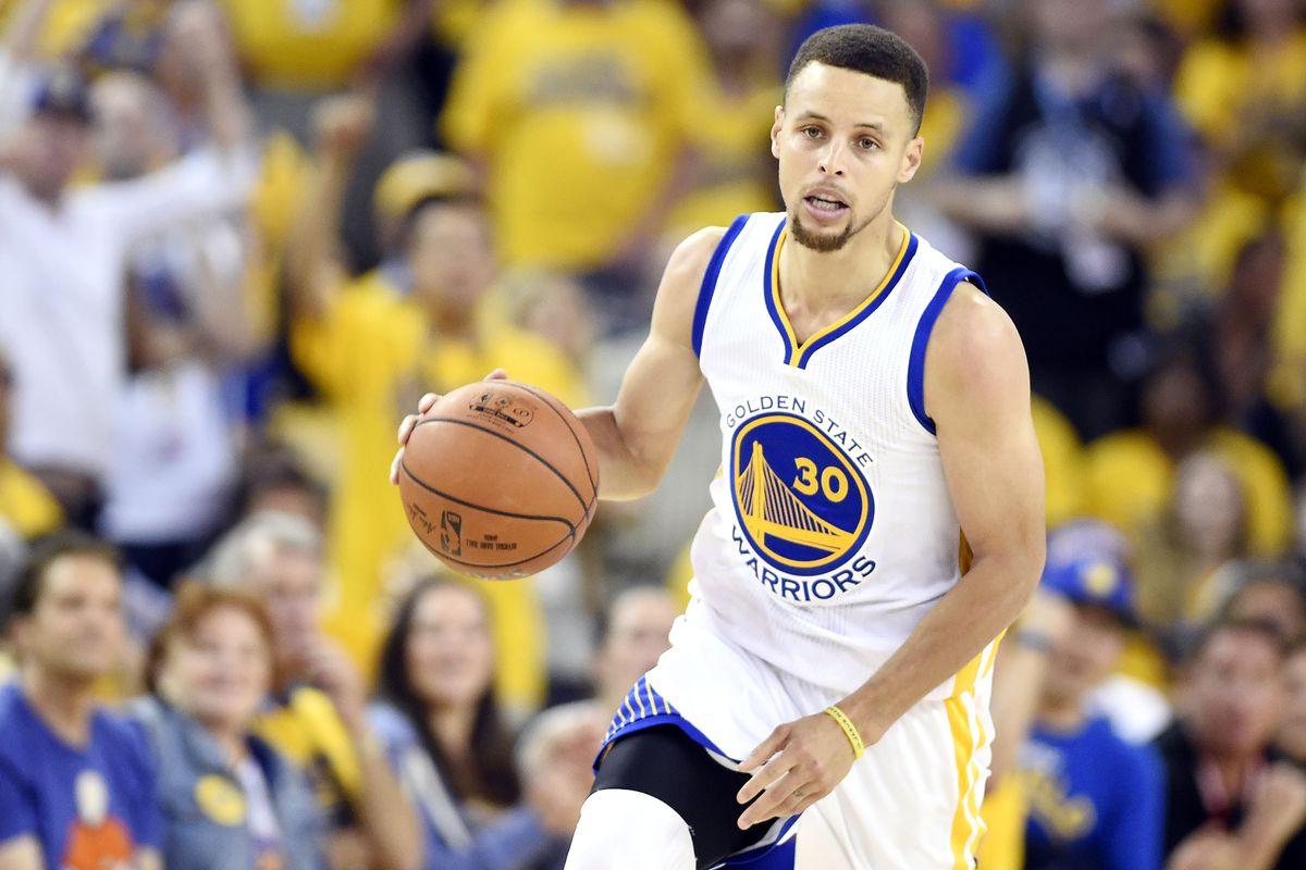 Stephen Curry had the NBA's best-selling jersey in the 2015-16 season.
