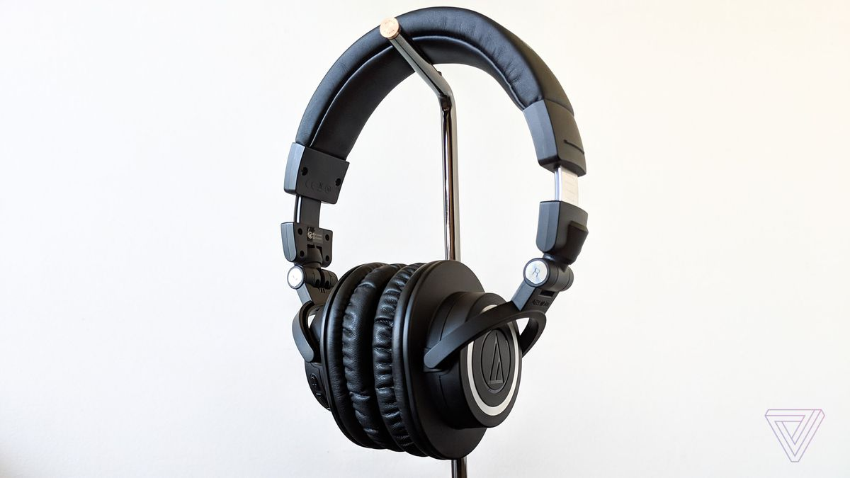audio technica m50xbt review better beats the verge