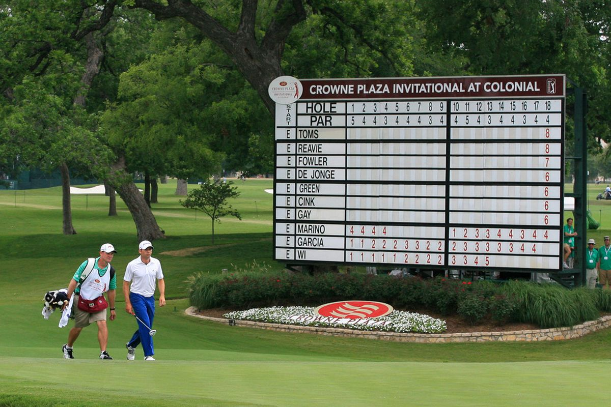 FT. WORTH, TX - MAY 19: Sergio Garcia of Spain walks to his ball on the 18th green during the first round of the Crowne Plaza Invitational at Colonial Country Club on May 19, 2011 in Ft. Worth, Texas. (Photo by Hunter Martin/Getty Images)