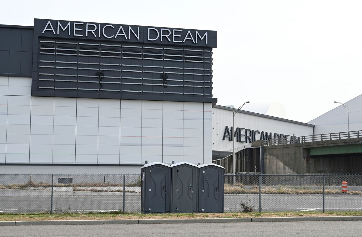 death-of-department-store-middle-class-1